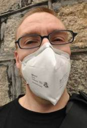 man wearing n95 mask