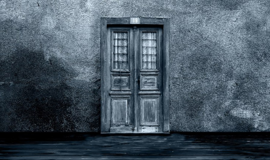 doorway from fear to hope during recovery