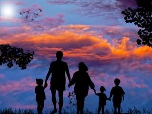 good-memories-with-family-300x225 Challenge your inner critic when recalling childhood memories.