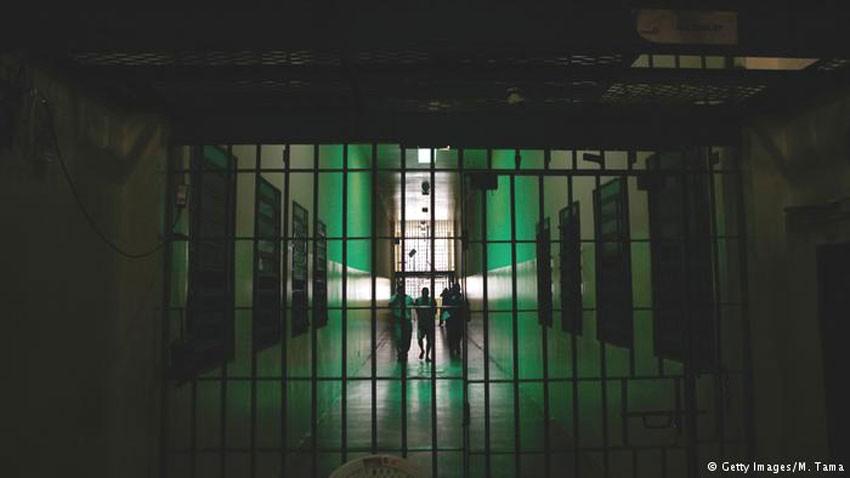 भूकम्पमा फरार कैदी सम्पर्कमा आउन थाले