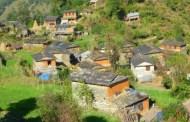 काठमाण्डौका बासिन्दा, जो आफ्नो गाउँ जान महंगो शुल्क तिर्छन
