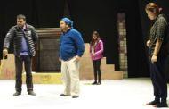 एकै बसाइमा दर्शकलाई हँसाउने, रुवाउने र गम्भीर बाउने नाटक सिरुमारानी