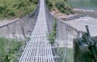दुई जिल्ला जोड्ने पुल जीर्ण