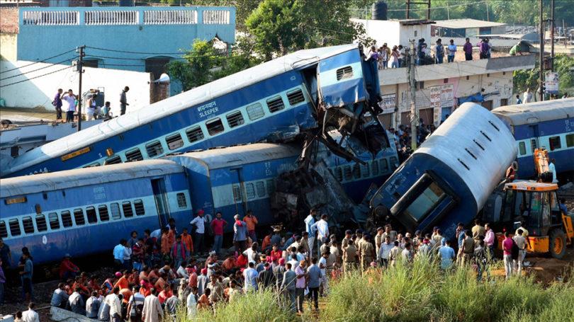 भारतमा यात्रुवाहक रेल दुर्घटना, तर हताहत छैन