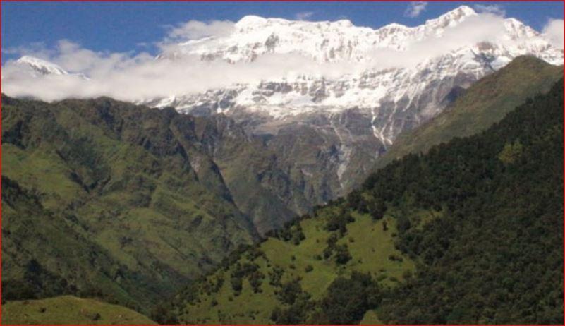 म्याग्दीमा हिमपहिरोमा परी ५ विदेशी र ४ नेपाली सहित ९ जना बेपत्ता