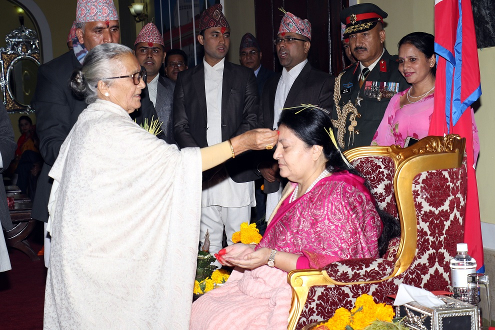 President receives Dashain tika