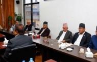 काँग्रेस बैठकमा राजनीतिक प्रतिवेदनमाथि दर्जन केन्द्रीय सदस्यबाट धारणा प्रश्तुत
