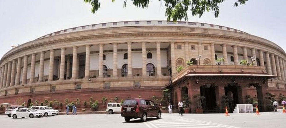 भारतको संसद अगाडी हजारौ किसानको प्रदर्शन,  मोदी सरकारलाई नैतिक संकट