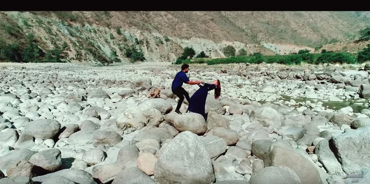 """राजेश पायलको """"लुकेर हेर्यौ मायाले बेर्यौ """" सार्बजनिक"""