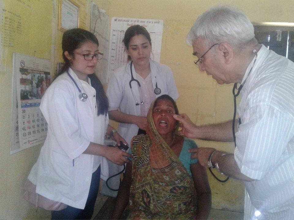 इच्छाशक्ति भए ग्रामीण क्षेत्रमा बसेर गुणस्तरीय स्वास्थ्य सेवा गर्न सकिन्छ