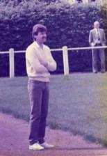 Trainerlegende des SuS Josch Hartmann! Im Hintergrund eine weitere SuS-Legende : Hans Zöllner