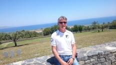 Martin Horstmann auf Kreta Soldatenfriedhof Maleme-Ghania
