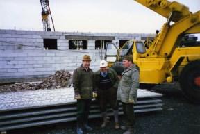 Beim Sportlerheimbau 1989 ganz rechts Friedel Westerhoff