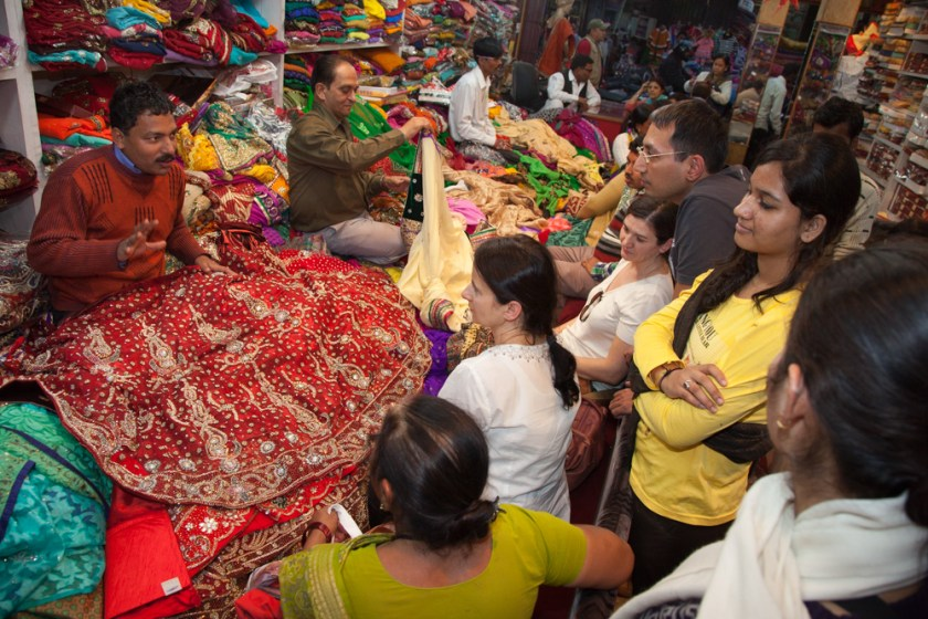 Indien Sari kaufen of Nordindien photographer Fotograf Frankfurt-6