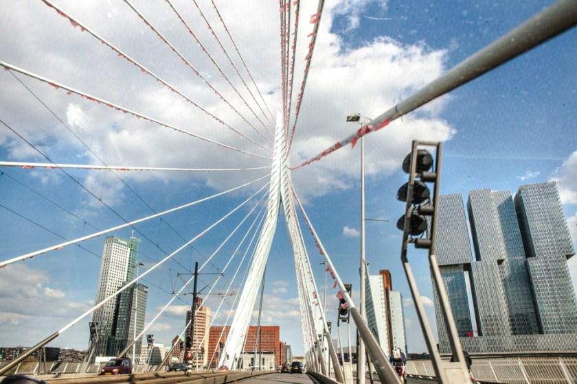 Fotograf holland Rotterdam Erasmusbruecke Auto 4