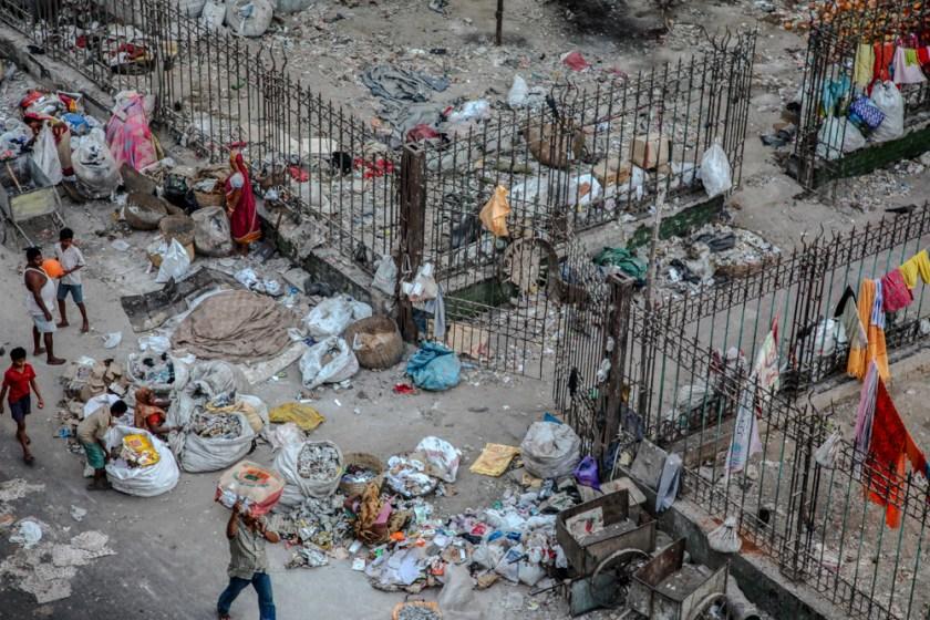 indien müllplatz schlafplatz sicher kalkutta kolkata straße