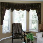 Swags And Jabots In A Bay Window Susan S Designs