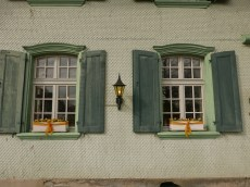 Detail, windows Hotel Baren