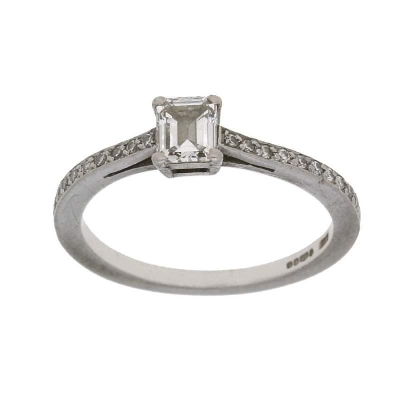 Boodles Diamond Engagement Ring in Platinum