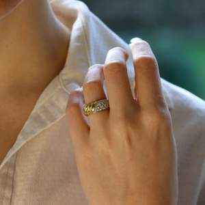 Damiani Diamond and 18kt Yellow Gold Ring