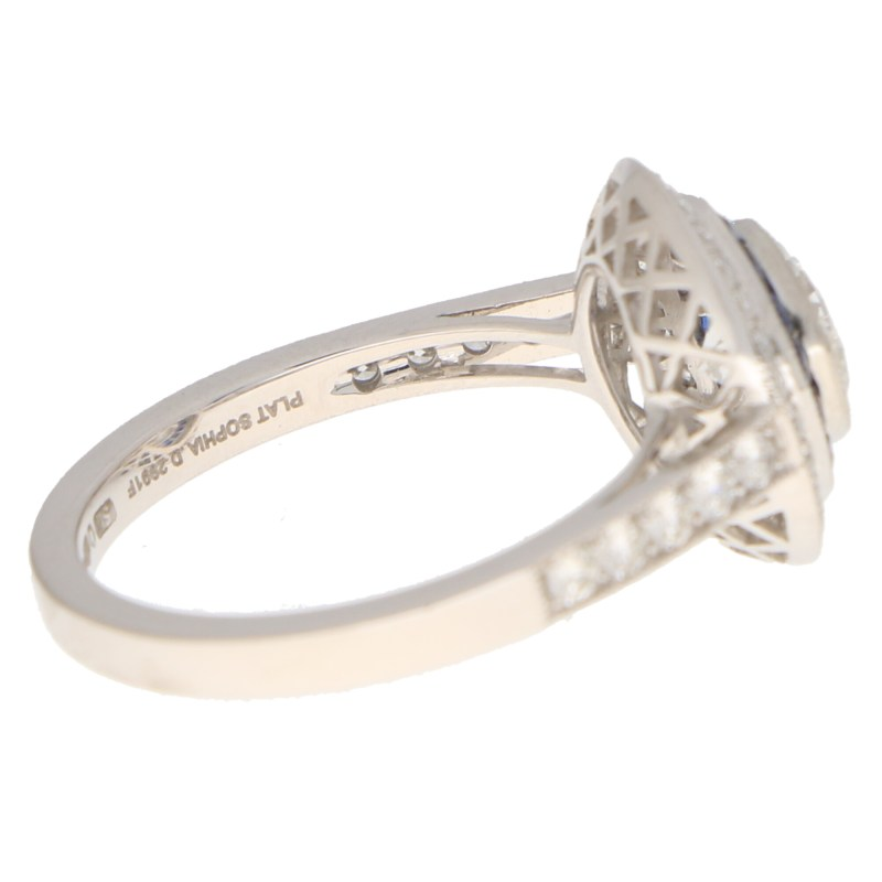 Diamond and sapphire target cluster ring