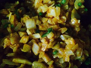 sauteed onions curry