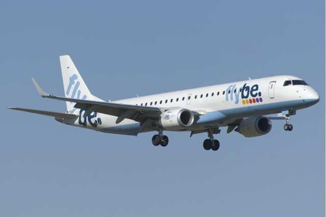 Flybe 195 jet landing