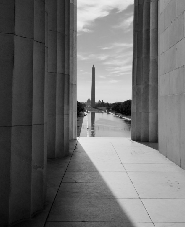 Washington Monument B&W