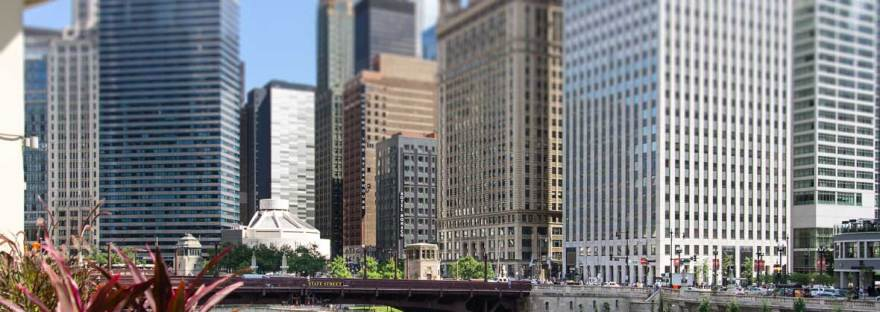 Chicago - River Walk and State Street bridge