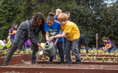 FoodCorps Joins Michelle Obama in Planting White House Spring Garden