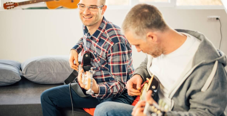 adult guitar lesson