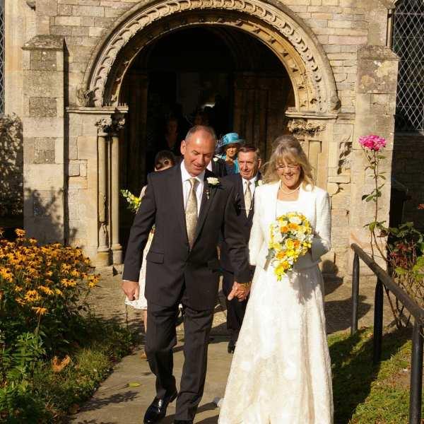 wedding at st marys church sutterton