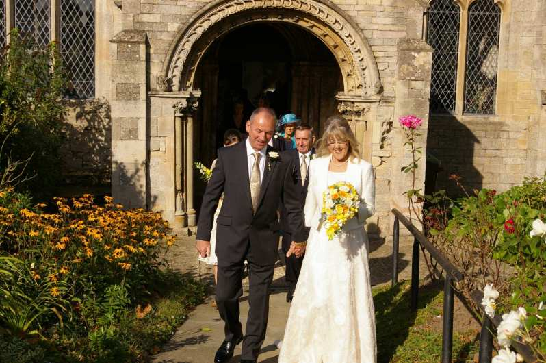 wedding at st marys church sutterton