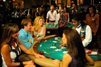 Casinos & Nightlife in Nassau Paradise Island