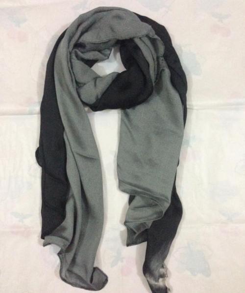 Two Tone Scarf – Grey & Black