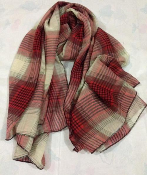 Square Scarf – Punch