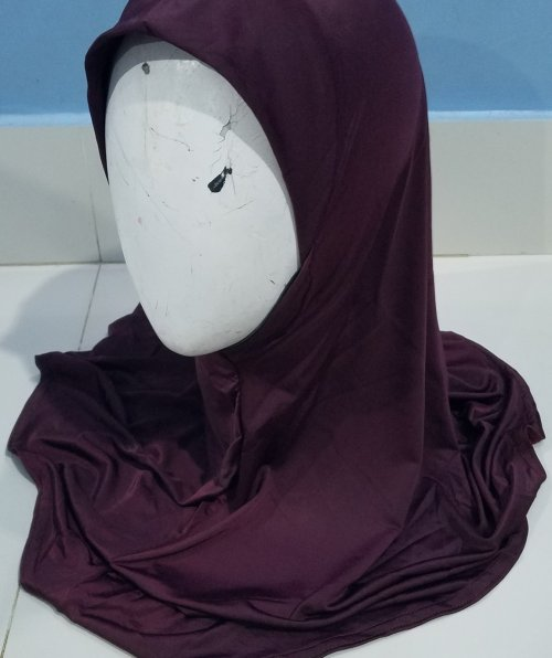 Plain Jersey Makna - Burgundy - Front Picture