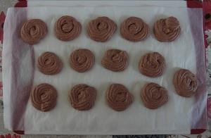 Creme ganache chocolaatjes chocolaatje gespoten