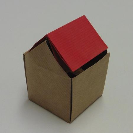 origami-zo-prullenbak-huisje