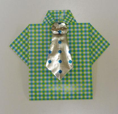Overhemd envelop met stropdas