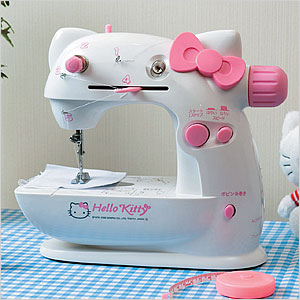 hello-kitty-sewing-machine2