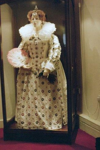 Queen Elizabeth figure