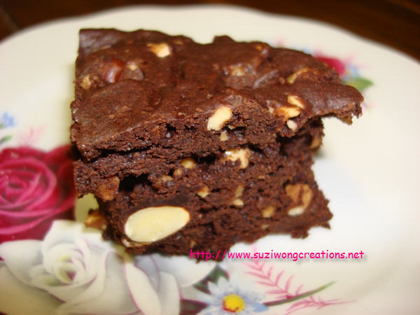 brownie closeup_watermark