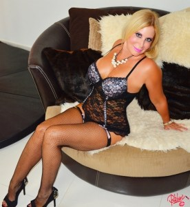 South Florida Escort | Miami-Fort Lauderdale | Sexy Blonde Pornstar - Upscale Private Incale - Dinner Dates