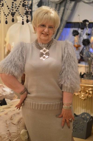 Glamorous Granny27