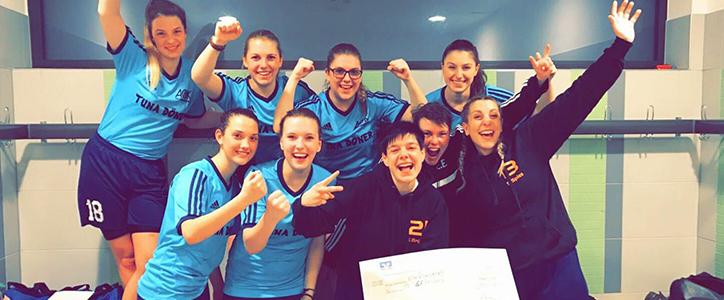 Aktive Frauen qualifizieren sich für Volksbanken-Masters – Herren siegen gegen ESV - Fußballverein im Saarland