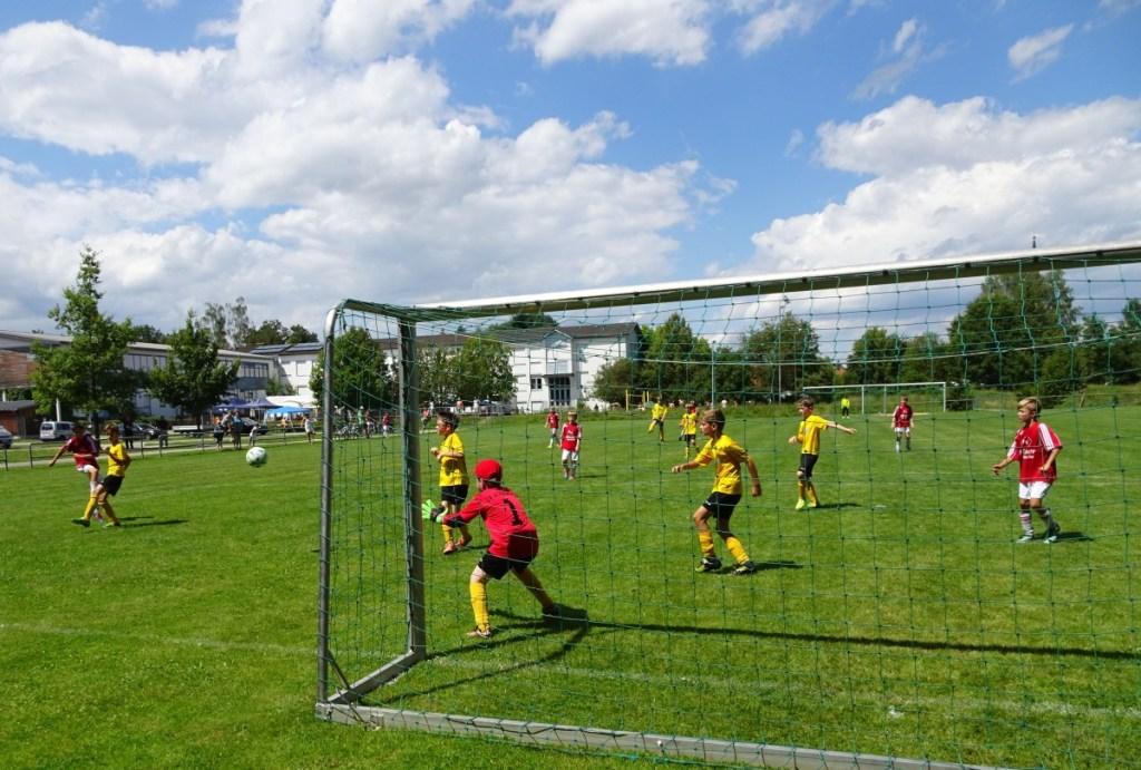 Schwindegg_Sportler-Sommerfest_Fussball