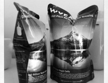 Smack Packs med 'Danish Lager'-vådgær fra Wyeast til gærstarter.