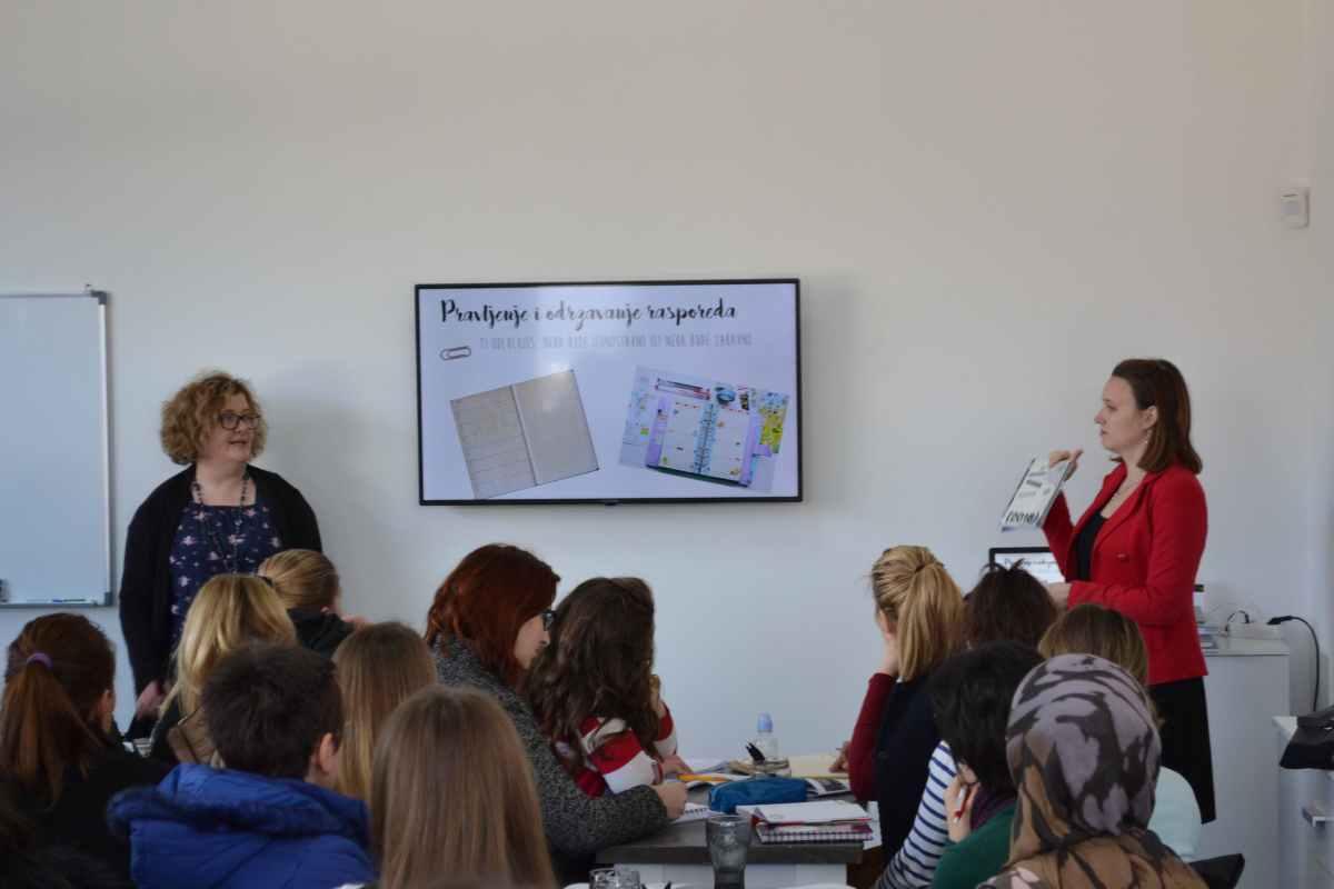 """Preko 100 mostarskih studenata na """"EQ Seminar"""""""