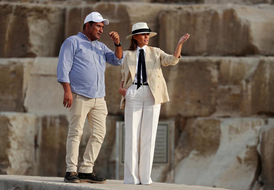 U.S. first lady Melania Trump visits the Pyramids in Cairo | Autor: CARLO ALLEGRI/REUTERS/PIXSELL/REUTERS/PIXSELL